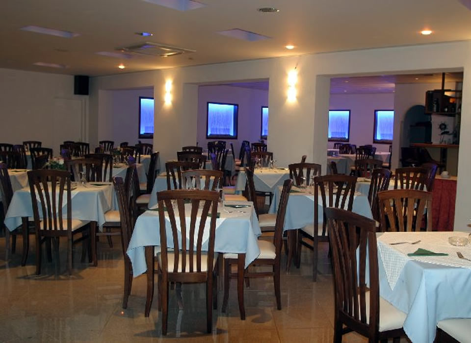 corfu-traditional-hotel-restaurant